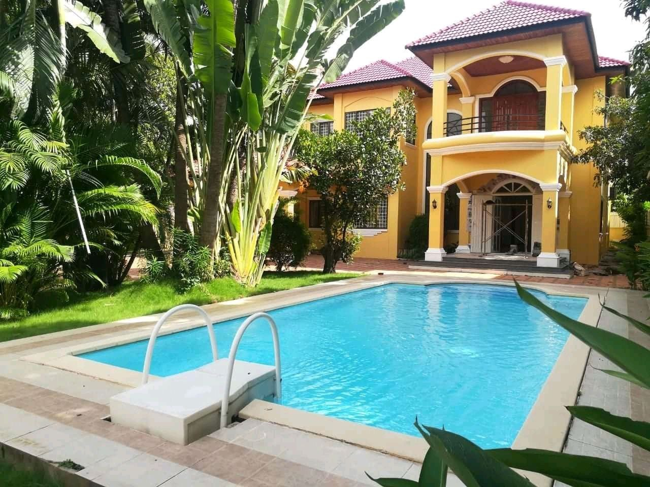 Beautiful Villa For Rent