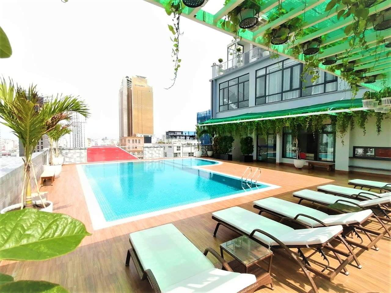Luxury 2 Bedroom with Swimming pool