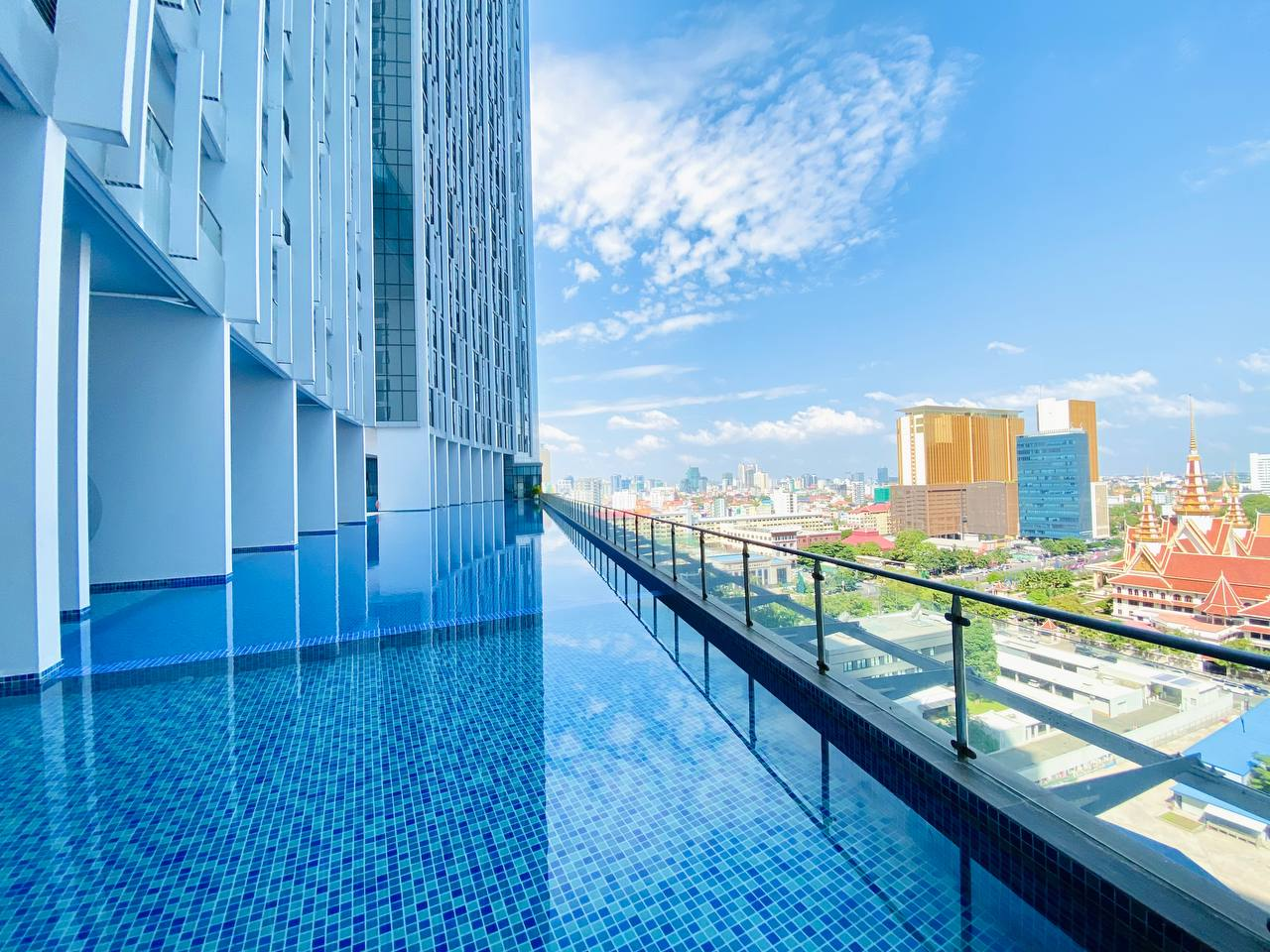 4 Bedrooms , Apartment for rent in phnom Penh